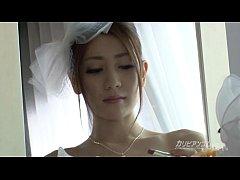 Cô dâu đám cưới xong hứng tình thèm đụ