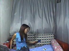 Chinese hot Teen Dances Nude on webcam at www.w...