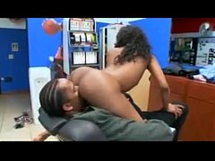 She gets great head in barber shop