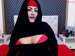 Hoofddoekslet met een dikke reet-Marokkaaanseporno.com