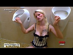 Blondie babe Mia loves to get her pretty face c...