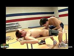 Fodendo o atleta no ginásio