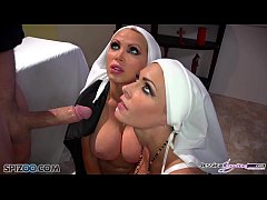 Jessica Jaymes - Mick fucks Jessica and Nikki i...