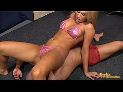 Aleska Diamond in bikini attacks her servants b...