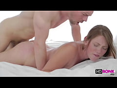 Shae Snow gets her cunt rammed