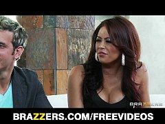 Stunning busty ebony babe Diamond Jackson is a ...