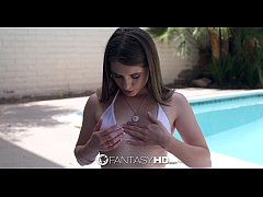 FantasyHD - Alice March lubes up her little bod...