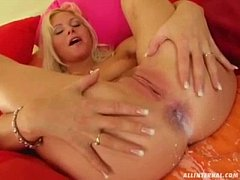 Kathy Anderson gets a Cream Filling on All Inte...