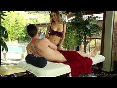 Nadia Styles happy ending massage