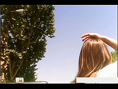teen Girl WC - Hiddencam pee