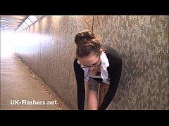 American amateur flasher Demona Dragons upskirt voyeur and public nudity of dari