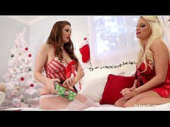 Britney Amber Lesbian Christmas