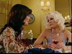 Mature - Veronica Hart and Honey Wilder