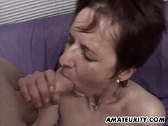 Amateur girlfriend gangbang with facial cumshots