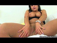 British gilf zadi fingers her aged vagina 1