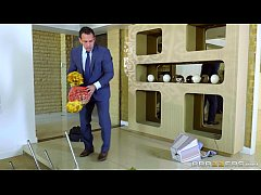 Brazzers - Monique Alexender knows how to keep her man happy