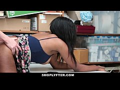 Shoplyfter - Hot Ebony Cutie Sucks Cock To Avoi...