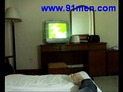 Chinese girl gives a blow job in hotel