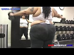 BBW workout with Geisha Grimm