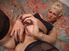 POVATTACKTV 1654 - Giovani zoccole arrapate 11