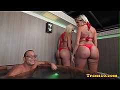 Bigtitted latin transsexuals fuck in threeway