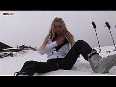 Eroberlin russian Anna Safina sexy ski pussy open public outdoor blond long hair