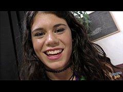 Lexy Lotus' First Facial
