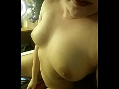 Girl cums 4 time and eats her cum