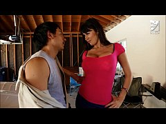 Mexican exterminator fucks MILF with huge tits ...