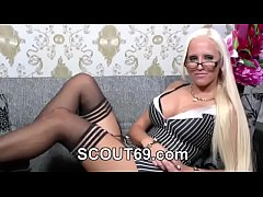 German Mother in Privat Sex-Tape with young Ste...