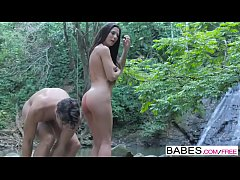 Babes - Wild Life  starring  Jay Smooth and Ale...