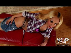 WCPClub blonde black girl with a gorgeous ass f...