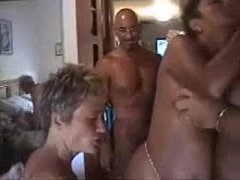 swingers with multiple couples