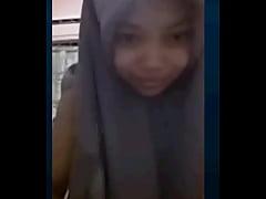 slut malaysian hijab 2