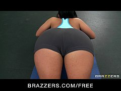 Horny big-boob slut gymnast Bella Reese fucks trainer's big-dick