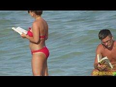 Mature Nudist Amateurs Beach Voyeur - MILF Clos...