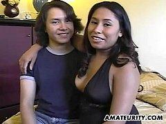 Hot amateur Asian girlfriend sucks and fucks