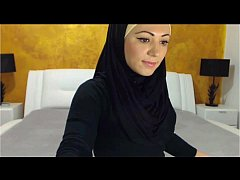 hot arabic girl masturbating cumming for you فت...