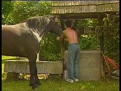Marmanjo sarado fodendo o cowboy