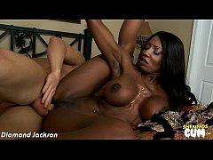 Black babe Diamond Jackson gets facialized