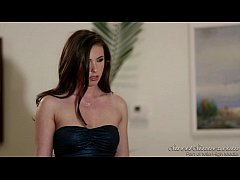 Valentina Nappi seduces her married boss