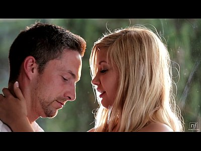 Blondes Hardcore Fingering video: Nubile Films - Romantic encounter leads to hot facial