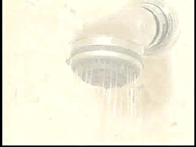 [風呂]お風呂に入ってるかなりの巨大すぎる乳ギャルです! 老舗の温泉でギャルや人妻の裸を覗いて来ました!