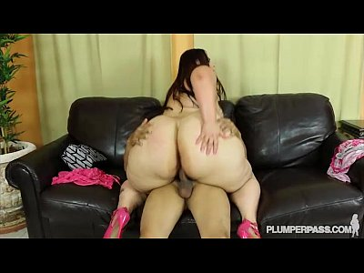 Ass Latina Plump video: Big Booty BBW Victoria Secrets Twerks and Fucks Big Cock