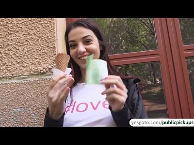 Cumshot Horny Icecream video: Jessica Malone flicks her tongue around a delicious ice cream and sucks cock aft