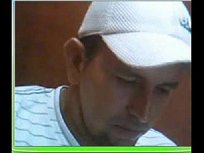 Bideos Gey jose salcedo alias maniche pervertido que vive en santa marta colombia