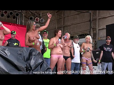 Exgirlfriend Firsttime Flashing video: hottest milf contest at the abate of iowa biker rally