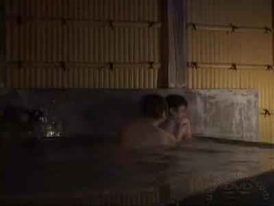 [盗撮]混浴でフェラチオしてくれた!風呂盗撮動画です。 – 盗撮せんせい
