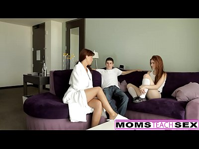 rossa la mamma e la figlia adolescente di ottenere cattivo con il cazzo