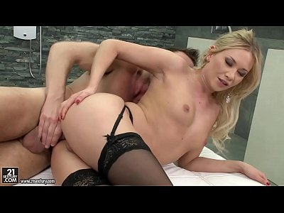 Asstomouth Blonde Oral video: Sex after the mirror temptation...